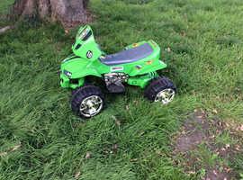 Battery quad Ben10 £10