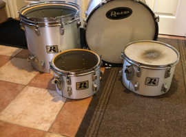 Vintage 70s Rogers Londner drum kit shells £400