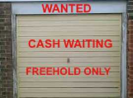 CASH WAITING ££££  - WANTED TO BUY GARAGE OR PARKING SPACE