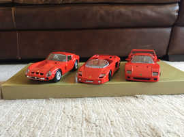 Guiloy model cars 1:24 die-cast 3 car Ferrari set