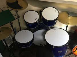STAGG 7 piece drum kit
