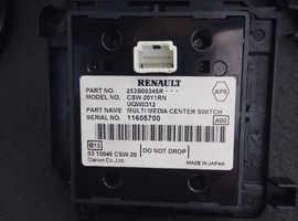 Renault Mgane MK3 Radio plus Sat Nav unit plus accessories