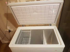 wide chest freezer(delivery available)