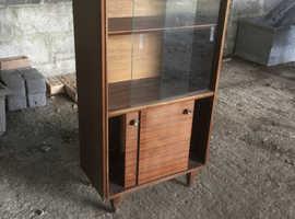 Small display unit