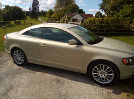 Volvo C70, 2006 (06) Gold Convertible, Automatic Petrol, 73,000 miles