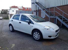 Fiat Grande Punto, 2009 (59) White Hatchback, Manual Petrol, 108,585 miles