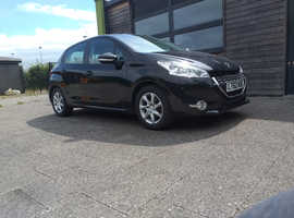 Peugeot 208, 2013 (62) Black Hatchback, Manual Petrol, 50,000 miles