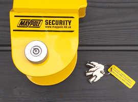 Maypole hitch lock