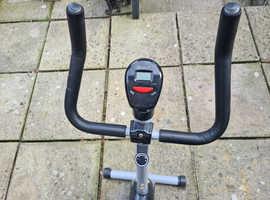 Cycling machine