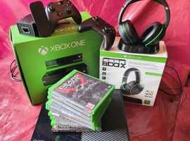 X box one turtle beach elite 800 headphones plus more ! Bargain!
