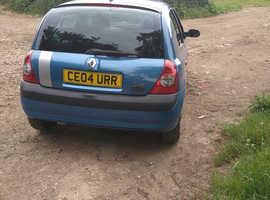 Renault Clio, 2004 (04) Blue Hatchback, Manual Petrol, 63,364 miles