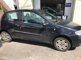 Fiat Punto, 2004 (04) Black Hatchback, Manual Petrol, 124,026 miles