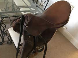 Stubbed saddle ,