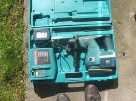 Makita BHR200 Cordless SDS Drill