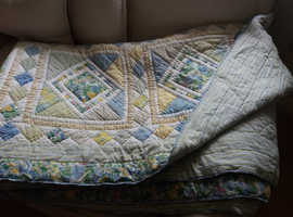 Double patchwork quilt or throw