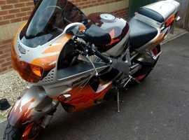Stunning Orange CBR900RR Fireblade 1995 model. Low miles. Great ride and noise.
