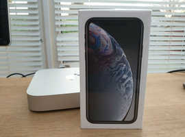 NEW Apple iPhone Xr 64g Unlocked