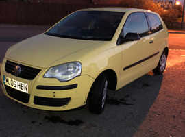 Volkswagen Polo, 2006 (06) Yellow Hatchback, Manual Petrol, 130,997 miles