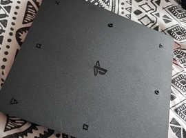 Playstation 4 SLIM - black