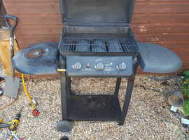 Gas bbq ,working,it has been cleaned and covered with heat resistant stove and bbq paint,