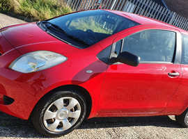 Toyota Yaris, 2006 (55) Red Hatchback, Manual Petrol, 96,000 miles