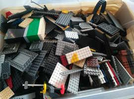 XL BOX OF LEGO