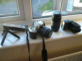 Canon EOS 500(N) film camera and accsessories