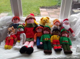 Selection of hand knitted dolls , includes father Xmas and a snowman , perfect Xmas presents