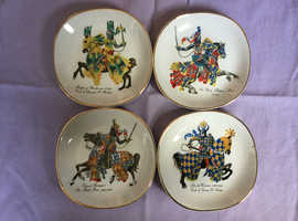 4 medieval knight dishes