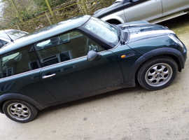 Mini MINI, 2002 (52) Green Hatchback, Manual Petrol, 95,000 miles