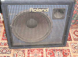 ROLAND RC 500 AMPLIFIER ON WHEELS GOOD CONDITION £160.00