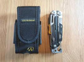 Leatherman signal multi tool.