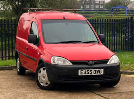 2005 (55) VAUXHALL COMBO 1.3 1700 CDTi  Manual 4 Dr VAN in RED Mileage Only 100,992 Miles NEW MOT