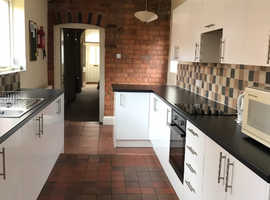 Two Double Rooms (1 ensuite) one single room
