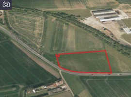 2.5  Acres to let