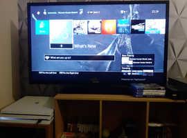 PS4 Pro 1tb Glacier White special edition