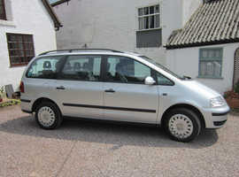 VERY LOW MILEAGE Volkswagen Sharan, 2010 (59) Silver. ONLY 35,000 miles.