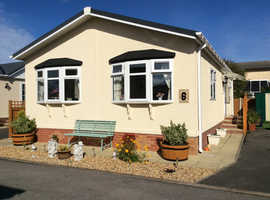 2 Bed residential park home CH8 9RD