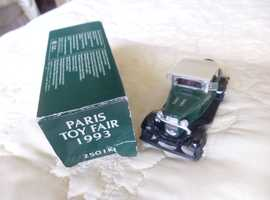 PARIS TOY FAIR 1993; ERTL 2501K1;  1:43 SCALE