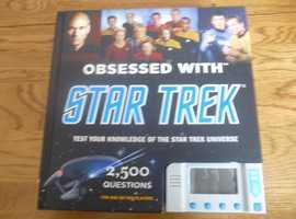STAR TREK TRIVIA HARDBACK COVER BOOK FOR 1 OR 2 PLAYERS