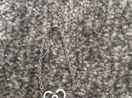 Beautiful Swarovski crystal heart bracelet