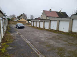 Garages available to rent off Arnold's Mead, Corsham, SN13 0BN