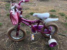 Children bikes x3