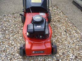 self proplled lawnmower