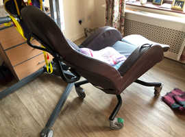 Reclining movable chair