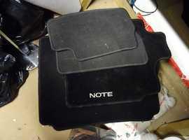Nissan note floor mats