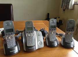 Panasonic KX-TCD220E quad cordless phone with answering machine