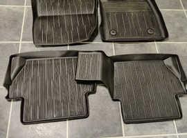 2019 fiesta / active genuine rubber floor mats full set inc; rear