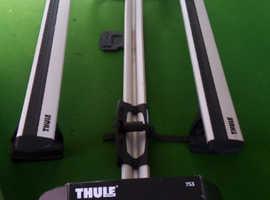 THULE RAPID SYSTEM 753 ROOF RACK