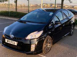 Toyota Prius, 2011 (11) black hatchback, Cvt Petrol, 150000 miles
